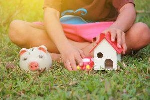 inculcar ahorro en sus hijos
